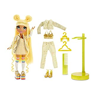 Rainbow Surprise Rainbow High Sunny Madison – Yellow Fashion Doll with 2 Outfits