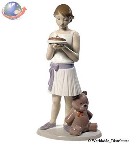 Nao Porcelain by Lladro BIRTHDAY GIRL ( WITH TEDDY BEAR ) 2001737