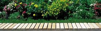 cedar-garden-walkway