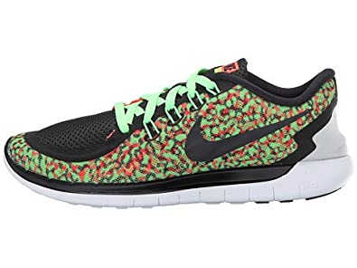 new style e6a82 d7e76 ... Amazon.com Women s Nike Free 5.0 Print Running Shoe (10.5, Voltage  Green ...