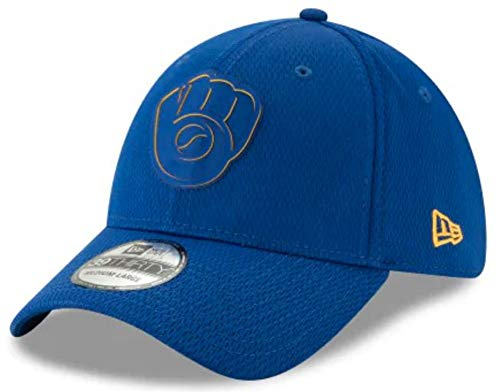 Edge Flex Hat - Milwaukee Brewers 2019 Clubhouse Collection 39THIRTY Flex Fit Hat, S/M