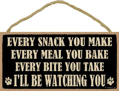 SJT ENTERPRISES, INC. Every Snack You Make, Every Meal You Bake, Every bite You take I'll be Watching You 5インチ x 10インチ 素朴な木製飾り板 (SJT94726)   B07N96NZ8V