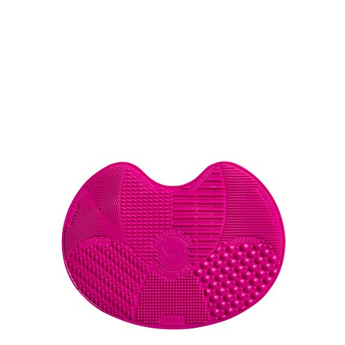 Sigma Beauty Spa Express Silicone Brush Cleaning Mat and Portable Washing Tool Scrubber Helps Clean Makeup and Cosmetic…