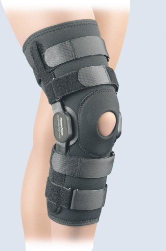 3b9ff35816 We Analyzed 5,311 Reviews To Find THE BEST Hyperextension Knee Brace