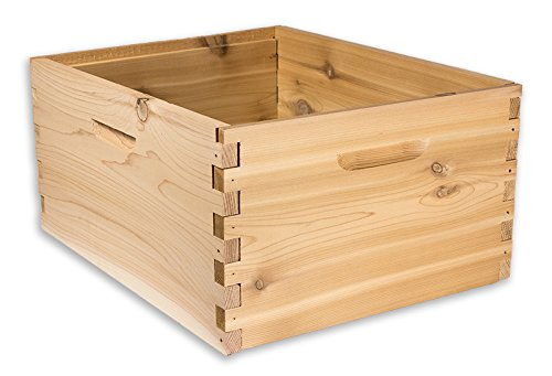 (Arboria 10 Frame Deep Hive Box Premium Cedar Wood for Langstroth Beekeeping Made in USA, 16 x 19 x 9 Inches)