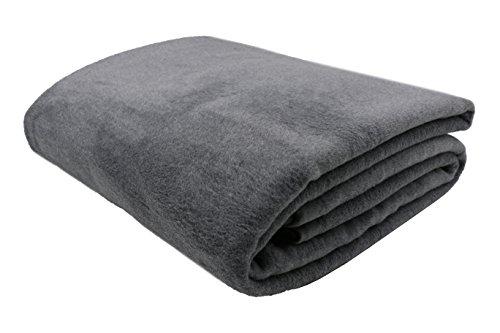 ZOLLNER® Kuscheldecke / Wolldecke / Wohndecke grau 150x200 cm, in weiteren Farben und Größen erhältlich, in Hotelqualität, Serie