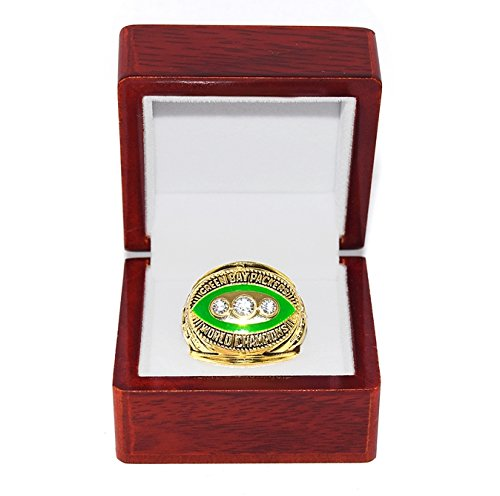 - GREEN BAY PACKERS (Bart Starr) 1967 SUPER BOWL II WORLD CHAMPIONS Vintage Rare & Collectible High-Quality Replica NFL Football Gold Championship Ring with Cherrywood Display Box