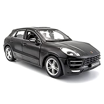 Porsche Macan Turbo Black 1/24 by BBurago 21077