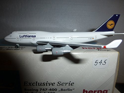 aircraft-model-545-lufthansa-airlines-boeing-b-747-436