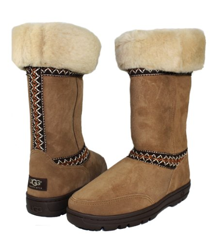 Women's Sundance Boot by UGG, Chestnut/9