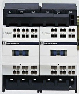 SCHNEIDER ELECTRIC Reversing Contactor 575-Vac 38-Amp Iec LC2D38BD Ip54 Ac Drive Three Phase 400-480 10 Hp