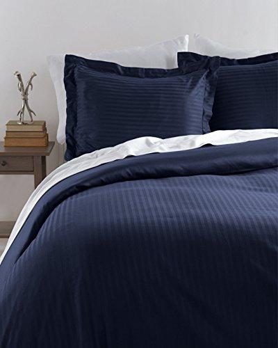 HLC.ME Venice Hotel Ultra-Soft Woven Stripe Duvet Set (Full/Queen, Navy)