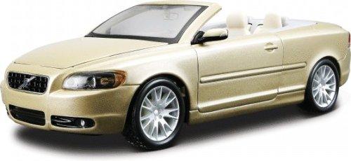 e Gold die cast car model 1/24 by BBurago 22101 ()