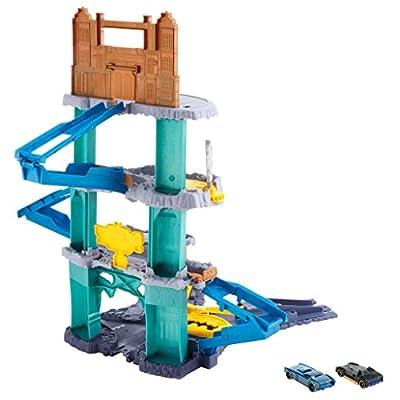 Hot Wheels DC Comics Batman Expanding Batcave Playset: Toys & Games