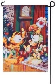 """GARFIELD DECORATES ODIE WITH CHRISTMAS LIGHTS FLAG 12/""""x18/"""""""