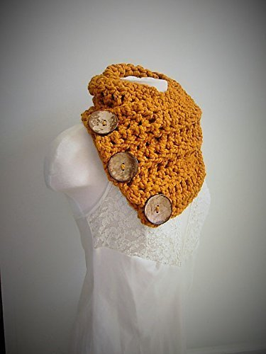 (Three Button Chunky Boston Harbor Scarf Butterscotch by Seahorse Designs)