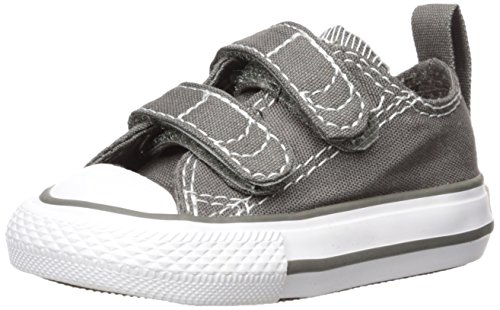 Converse Kids Unisex Chuck Taylor 2V Ox (Infant/Toddler) Charcoal/White Sneaker 4 Toddler M (Toddler Shoes Converse)