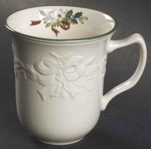 - Mikasa Holiday Season Christmas Coffee Tea Mug DB901
