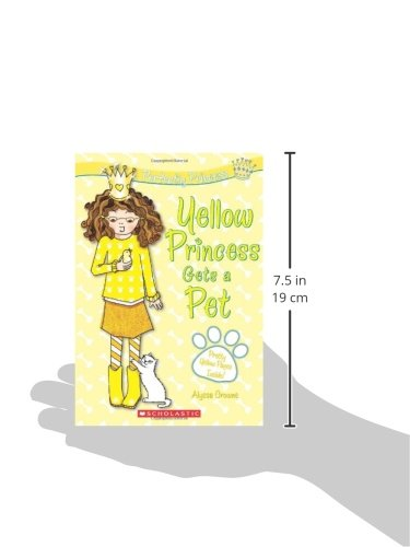 Perfectly Princess #6: Yellow Princess Gets a Pet by Scholastic Paperbacks (Image #2)