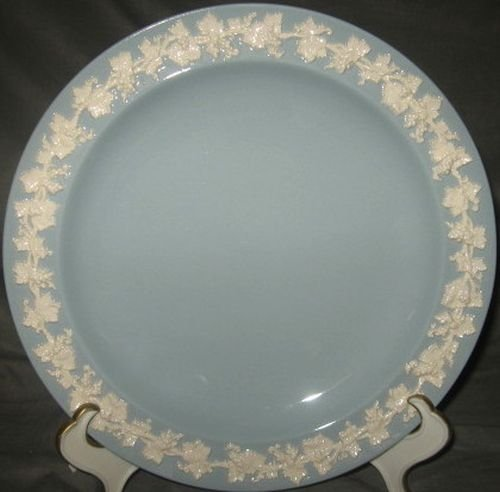 Wedgwood Cream Color On Lavender Dinner Plate