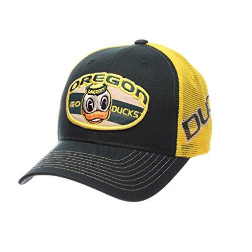 NCAA Oregon Ducks Men's Interstate Trucker Cap, Adjustable, Forest Green (Team Apparel Mesh Hat)