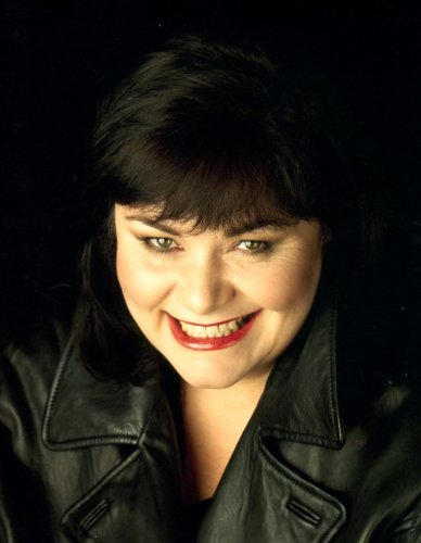 Dawn French Vicor Of Dibley 8X10 Glossy Photo  E6931