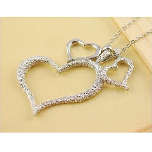 TOPSTARONLINE Triple Hearts Pendant Necklace, Silver Love Shape Necklace Jewelry