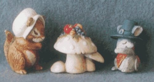 Giving Thanks Merry Miniatures 1996 Hallmark Keepsake Ornament QFM8134