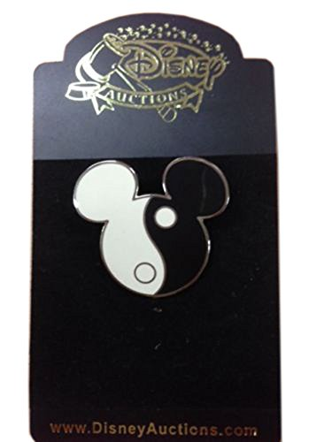 Mickey Head Yin Yang - Black & White Rare Error Disney Pin ()