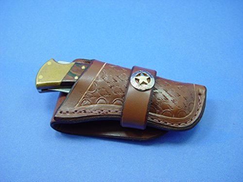 (Western-style Buck 110 Folding Pocket Knife Sheath. The Sheath Is Dyed Light Brown. The Sheath Will Take up to a 2 Inch Belt. It Comes with a Ranges Star Concho. This Is for Sheath Only Knife Not Included.)