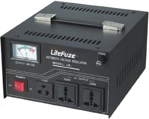 IEC Detachable Cord LiteFuze LR-2000 2000 Watt Voltage Regulator with Transformer Step Up//Down 110V//220V Circuit Breaker Enovize Inc LR-20000
