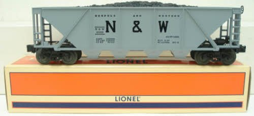 Lionel 19329 Norfolk and Western 4-bay Hopper with Coal (Western 4 Bay Hopper)