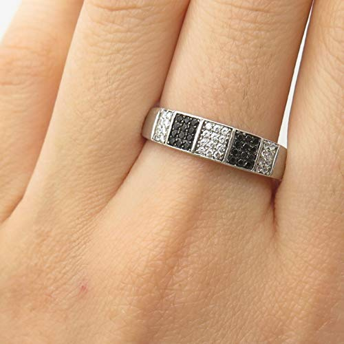 0.25' Sterling Silver Charm - C Z Ring Size 10 DG-1613