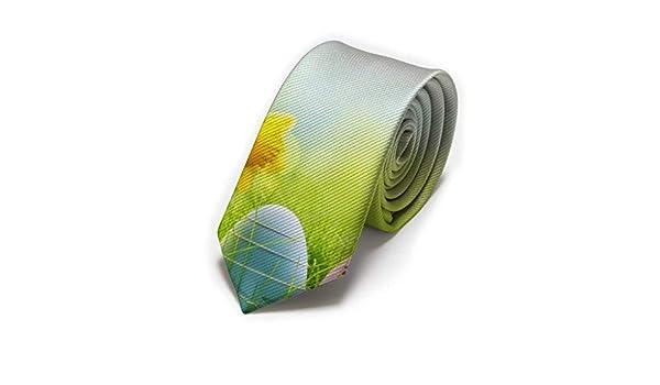Huevos con corbata de hombre clásico con flor de narciso amarillo ...