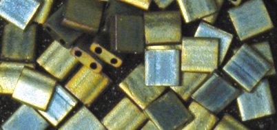 Rayher 14738429 Miyuki Pearl Tila Metallic Frosted 5 x 5 x 1.9 mm with Double Hole Diameter 0.8 mm 4 g Emerald