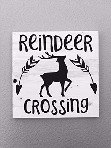 Amazon Com Reindeer Crossing Christmas Holiday Sign Farmhouse Christmas Sign Farmhouse Sign House Decor Farmhouse Decor Wood Signs For Home Decor Quote Garden Plaque Sign Home Kitchen
