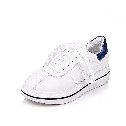 AllhqFashion Damen Gemischte Farbe Mikrofaser Mittler Absatz Rund Zehe Schnüren Pumps Schuhe Blau
