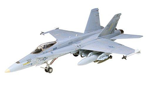 Tamiya 1/72 War Bird Collection No.02 McDonnell Douglas F / A-18 Hornet 60702