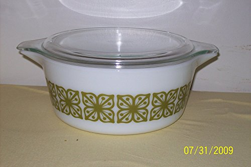 Vintage Pyrex Verde Green Square Flower Baking Casserole Dish with Lid 2.5 ()