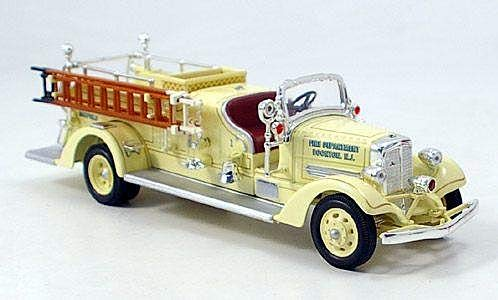 (Ahrens Fox VC, Boonton Fire Department, 1938, Model Car,, American Mint/Yat Ming 1:43)