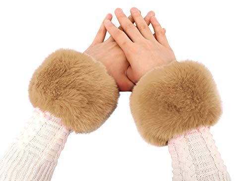 Simplicity Women's Clothing Accessories, Faux Fur Cuffs, 1 pair, Light Brown
