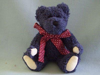 Hucklebeary B, 20,96 Boyds Bear (a riposo) by Boyd's