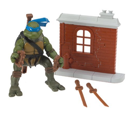 Teenage Mutant Ninja Turtles Ninja Action Figure: Leonardo by Playmates