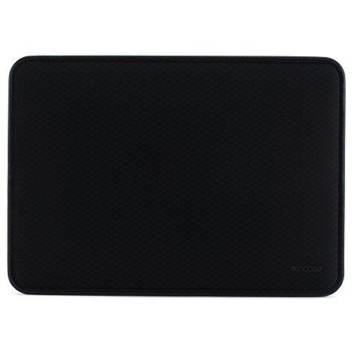 (Incase ICON Sleeve with Diamond Ripstop for MacBook Pro 15
