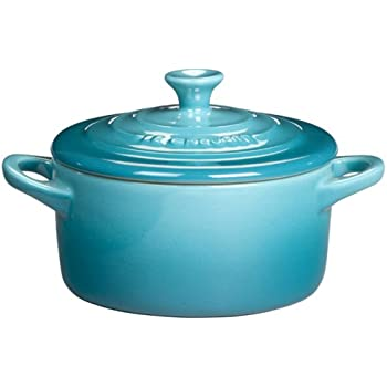 le creuset stoneware 8 ounce petite round covered casserole cassis kitchen dining. Black Bedroom Furniture Sets. Home Design Ideas