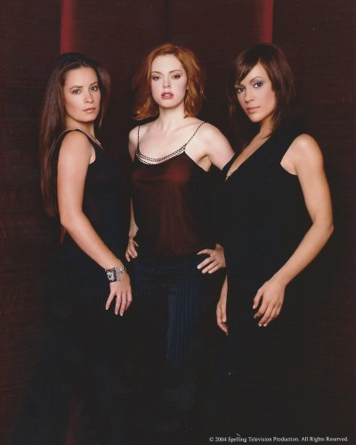 Charmed Stars Rose McGowan, Holly Marie Combs, and Alyssa Milano as Paige, Piper, and Pheobe 8x10 Cast Photo