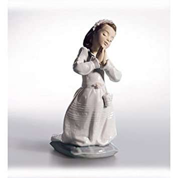 Lladr Communion Prayer Girl Figurine