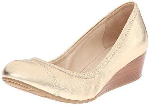 Cole Haan Women's Tali Cap Toe 40 Wedge Pump, Gold/Metallic, 6 B US
