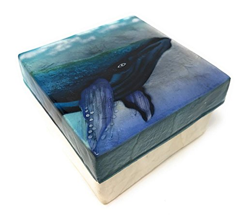 Kubla Crafts Humpback Whale Capiz Shell Keepsake Box, 3 Inches Square