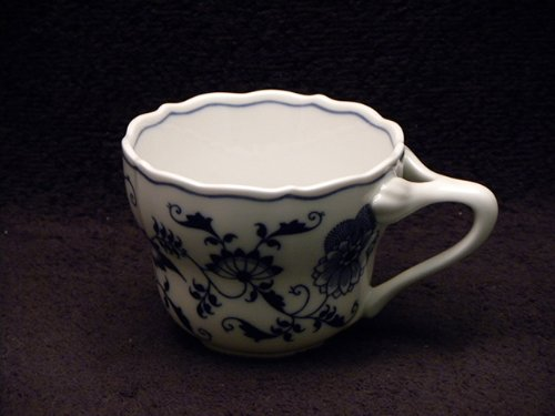 Japan Blue Danube Cups Only (Blue Danube Blue Onion)